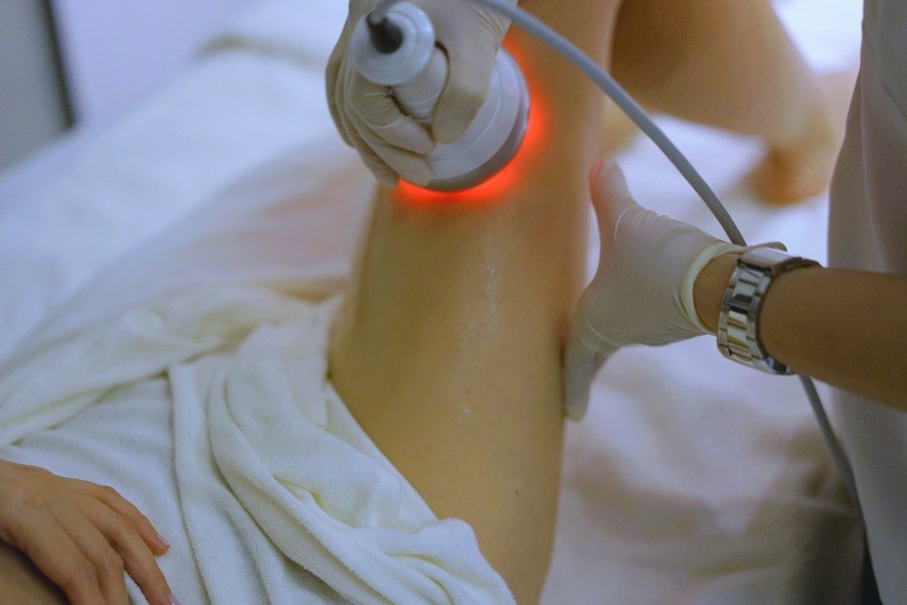 Jamie Chua Radio Frequency treatment on leg